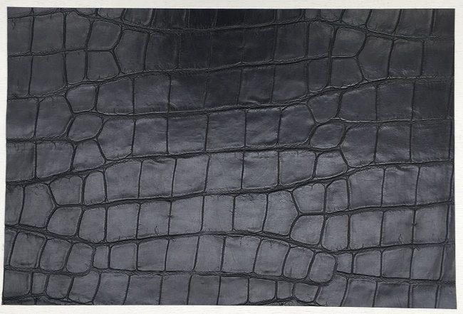 BLACK CROCK EMBOSSED LEATHER 60 X 40 CM SEMI FIRM FEEL